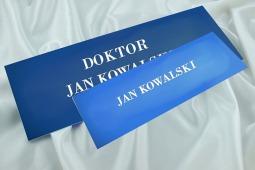 """""""Doktor Jan Kowalski"""" czy """"Jan Kowalski""""?"""